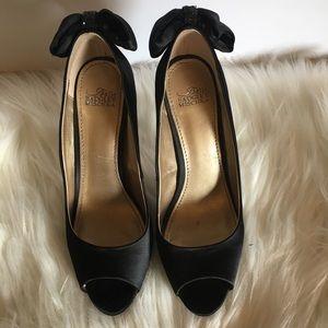 {BADGLEY MISCHKA BELLE} Black Bow Pump Heels 8
